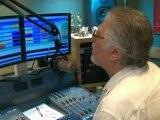 'Dave Lee Travis'  bailed over Savile probe