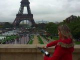 Sabrage Sabering Champagne , Tour Eiffel Tower , comment sabrer une bouteille de champagne , how to saber a champagne bottle