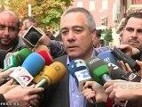 """Candidatos votan en unas elecciones """"determinantes"""""""
