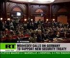 Peacekeepers split Merkel/Medvedev