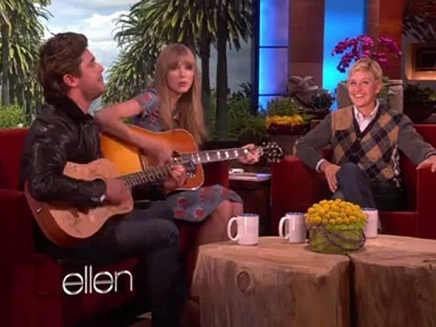 Taylor Swift and Zac Efron-Pumped Up Kicks (Cover)