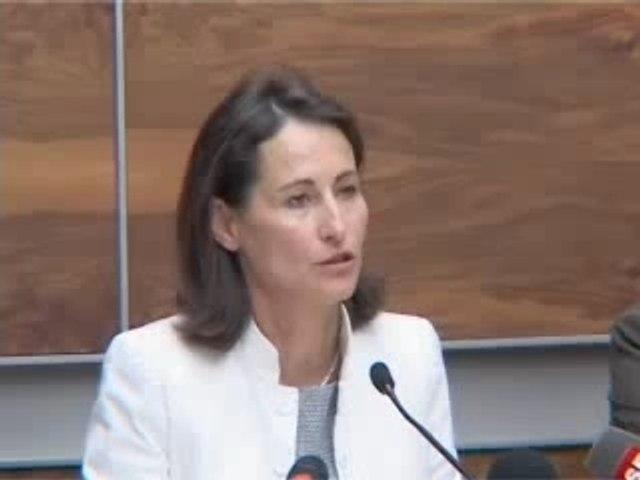 Segolene : Conference de presse Europe