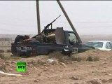 Video of Libya rebels shelling rockets on desert frontline