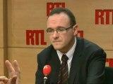 """Damien Abad est un député UMP et premier handicapé à siéger à l'Assemblée nationale. Pour cet ancien eurodéputé qui a siégé au Parlement européen, il y a """"un univers de retard pour la France"""" concernant l'accessibilité aux personnes handicapées"""