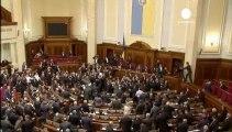 Nueva pelea a puñetazos en el parlamento ucraniano