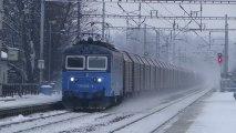 Lokomotiva 123 003-6 - Ústí nad Orlicí město, 13.12.2012 HD