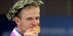 Revivez la finale de fleuret hommes des JO 2004 à Athènes entre Brice Guyart et l'Italien Salvatore Sanzo