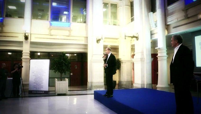 Francis Papazian, Directeur de la Communication de la SMC, accueille les invités Vinoboss Marseille 2012