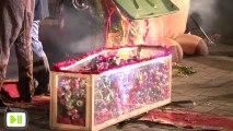 Le père Noël assassiné à Strasbourg (Tony Clifton Circus - Paye ton Noël 2012)