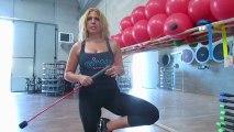 Monya fitness Giwa esercizi yoga  asana in propriocezione con il Butterfly sul trampolino elastico