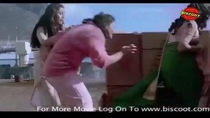 Hum:  (Fight Scene) Amitabh Bachchan, Govinda, Rajnikanth, Anupam Kher 16