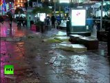 CCTV: Aquarium explodes in Shanghai shopping mall