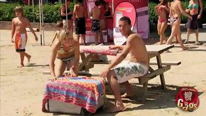 Parachutiste crashe sur la plage