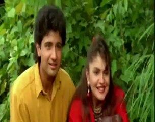 Unseen Jackie Shroff Pressing Madhuri Dixit Chest.mp4