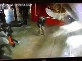 En Chine, un aquarium géant explose dans un centre commercial