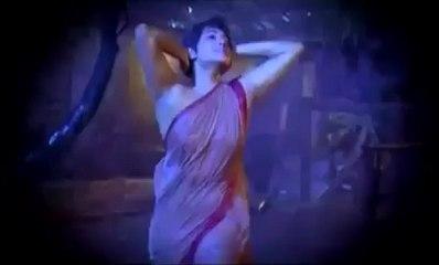 Zeenat Aman can't act  (Dynasty of Kapoors Part 4).mp4