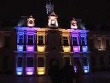 Projections colorées sur l'hôtel de ville de Troyes