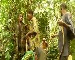 Sac à dos fabriqués en feuilles de palmier par des Pygmées Aka
