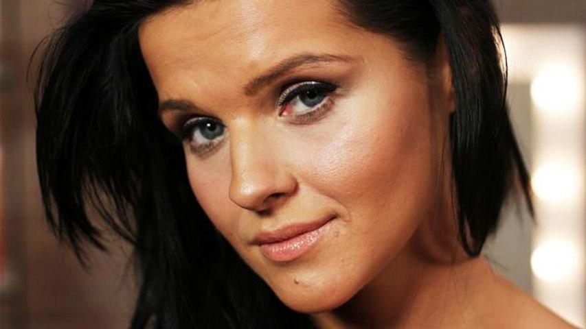 Make Me Up: Victoria Secret Model Makeup