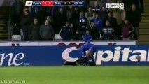 Eden Hazard voit rouge après avoir frappé un ramasseur de balle !