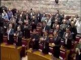 """""""Άνδρες προσοχή"""" και """"Αθάνατοι"""" στη Βουλή για τους πεσόντες στα Ίμια από τον Ν. Μιχαλολιάκο"""