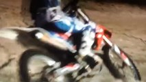 ma sista sur son bike