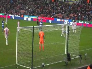 Penalty? ALF gets taken down Stoke vs Reading 09/02/13