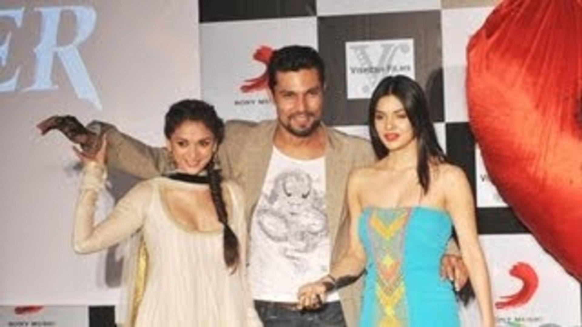 Aditi, Sara & Randeep @ Murder 3 Movie Music Success Party !