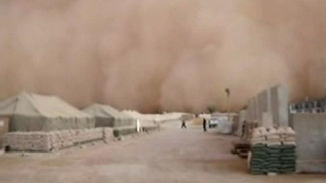 Amazing footage of Iraqi Sandstorm