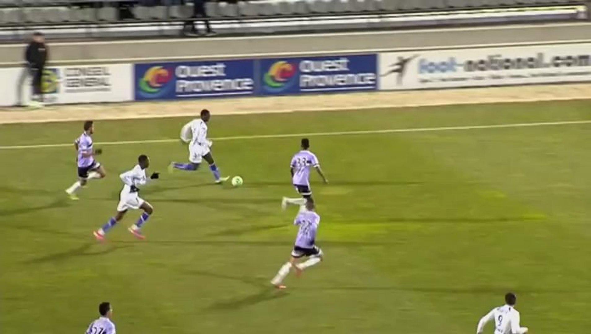 FC Istres (FCIOP) - AJ Auxerre (AJA) Le résumé du match (25ème journée) - saison 2012/2013