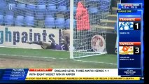 L'incroyable but de 70 mètres lors du match Tranmere Rovers - Swindon Town
