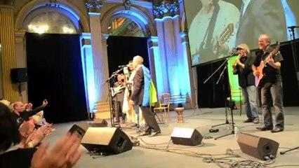 Daniel Prévost et Idir au Nouvel An Berbère à Paris