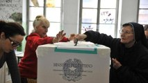 Italians vote in key parliamentary elections