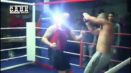 Bare Knuckle Boxing - Seth Jones v Ross Chittock