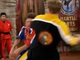 Uçan Tekme - Karate Turnuvası _ uçan tekme _ uçan tekme videoları _ uçan tekme izle _ uçan tekme videosu _ video izle _ video.internetara.com