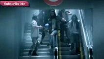 #SRK @iamsrk Shahrukh Khan Playing Football in Metro Sation #ONN (HD)