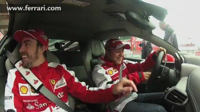 Alonso e Massa nella Ferrari 458 Italia