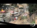 Strage in Pakistan: kamikaze provoca almeno 10 morti. Attentato a Peshawar, uomo si fa esplodere: una trentina feriti