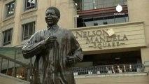 Nelson Mandela va de mieux en mieux