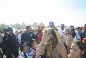 Con consignas a favor de Capriles recibieron a Mata Figueroa en playa Parguito