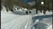 Tres esquiadores muertos en una avalancha en los Alpes...