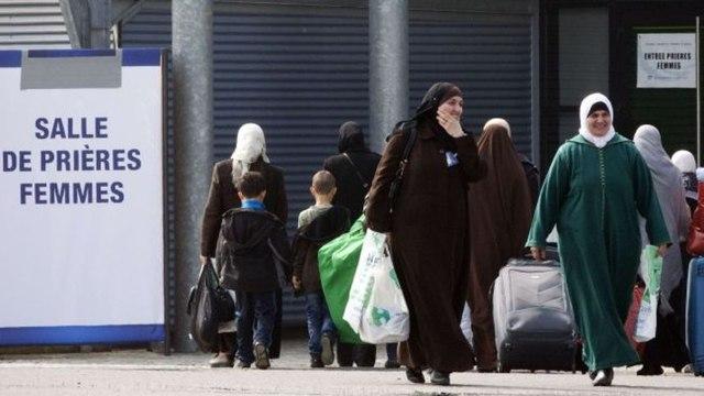 Headscarf debate heats up in France