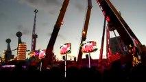 """Rennes 2011 avec le Top Spin et le Power Maxx (Page Facebook """"Fête foraine en couleur"""")"""