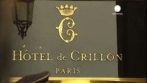 Le Crillon met en vente objets et meubles