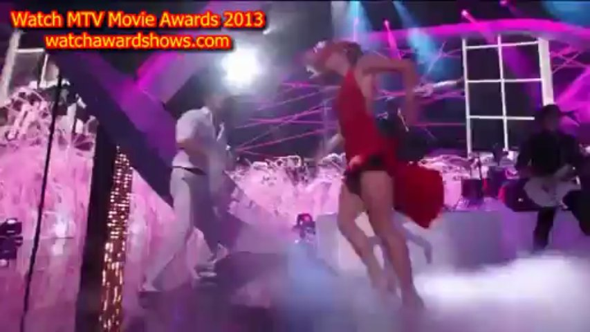 Selena Gomez performance performance MTV Movie Awards 2013. http://bit.ly/2BuUAGT
