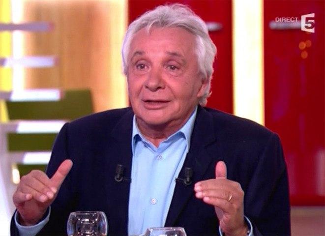 """Le Zapping  de Closer.fr : Sardou """"n'en peut plus"""" du gouvernement Ayrault"""