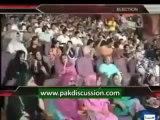 Raja Riaz And Sana Ullah Awami Gundoun Main Phans Gaye...