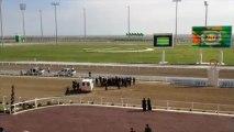 Le président turkmène chute de cheval