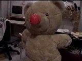 Grumly l'ours qui se croit drôle