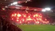 La folle ambiance lors du match Legia Varsovie -  Steaua Bucarest